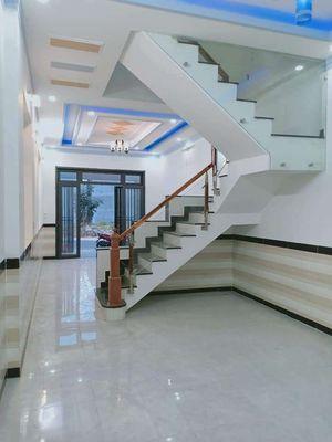 Nhà 2 lầu 250m2, tại Thị Xã Chơn Thành, Bình Phước