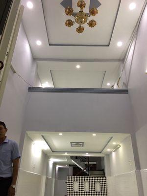 Bán nhà góc 2 mặt tiền đường Nguyễn Trãi (3.8*12)