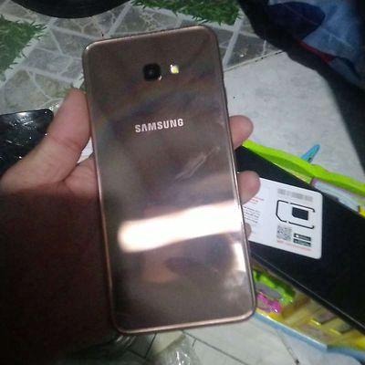 Samsung Galaxy J4 Plus Vàng hồng mái đẹp 999