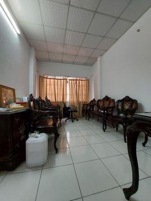 Bán nhà Ngô Gia Tự, Long Biên: 46m,2,75 tỷ