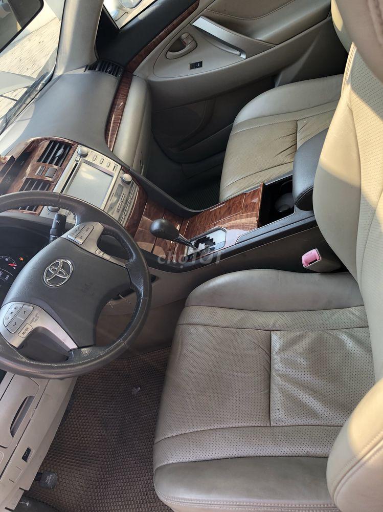 Toyota Camry 2010 Tự động,xam bạc,5 vạn 8
