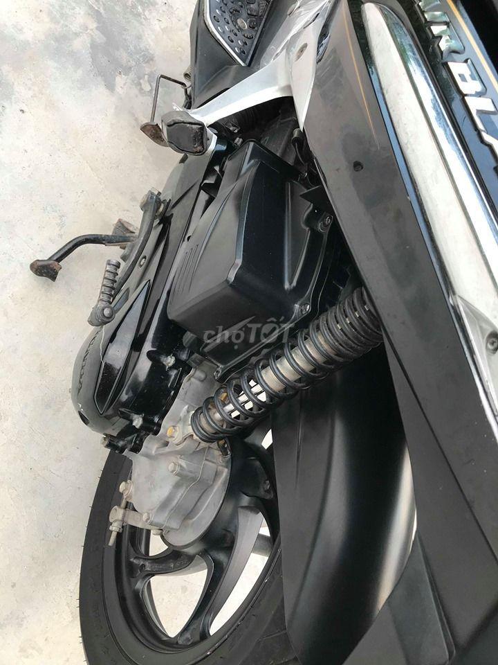 0988995194 - Airblade 110 Fi màu đen chính chủ form thái
