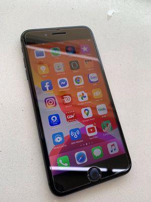 iPhone 8 plus 64GB quốc tế vân tay nhạy zin all êm