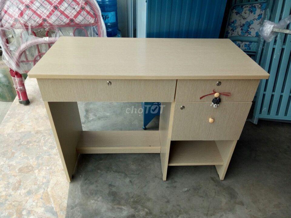 bàn gỗ phủ melalin trống trầy hàng cty_NEW