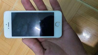 Dư con iphone 5 lên vỏ 5s. Giá 650k