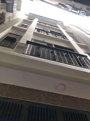 Nhà mặt phố Đê Trần Khát Trân 55m2, 4 tầng, 8.3 tỷ