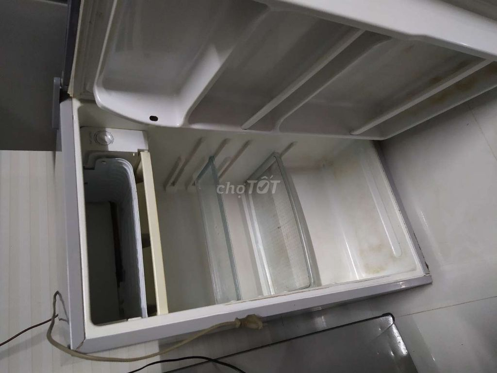0935098167 - Tủ lạnh Funiki 90l