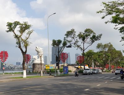 Bán đất mặt tiền đường Cao Bá Quát, cầu Tình Yêu