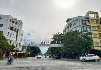 Bán nhà 1 trệt 1 lầu kdc 586, gần chợ Phú Thứ