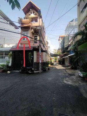 Bán 2 căn nhà như hình chụp đường nhựa 8mét thông.