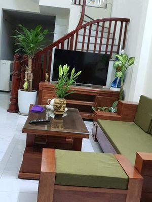 Cần bán nhà ngõ 602 Kim Giang,40m,5 tầng,3tỷ7
