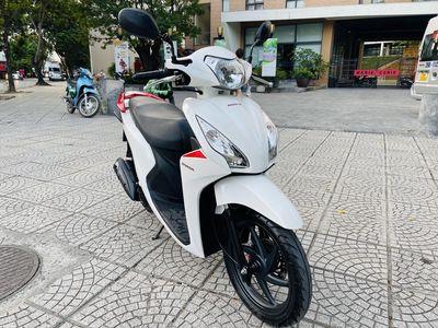 Honda Vision 110 Fi trắng đỏ smartkey đký năm 2020