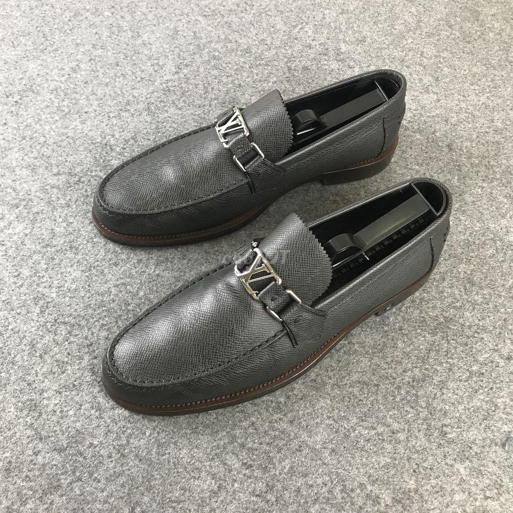 Thanh lý giày LV loafer chính hãng new 98%
