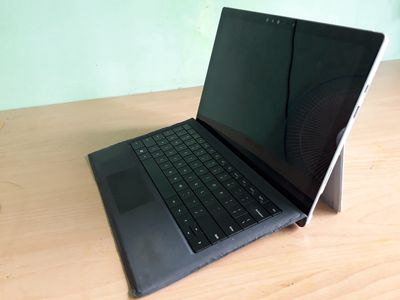 Bán laptop lai 2 trong 1 Surface pro 4 i5 8G/256GB