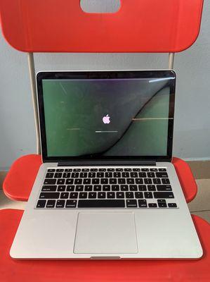 Thanh Lý Macbook Pro MF839 13inch 2015 vỡ màn