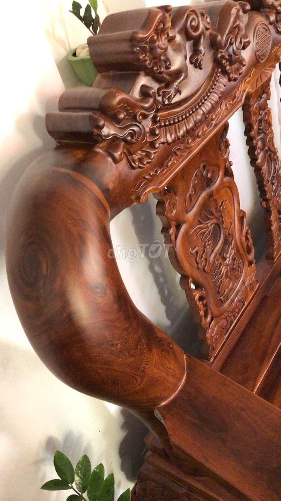 Bàn ghế salon gỗ tay 16 7 món thanh lý giá tốt