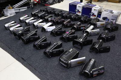 Rất nhiều Máy quay Handycam xách tay Nhật!
