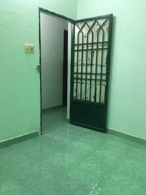 Phòng đúc, gạch men giá rẻ gần ĐH CNTP