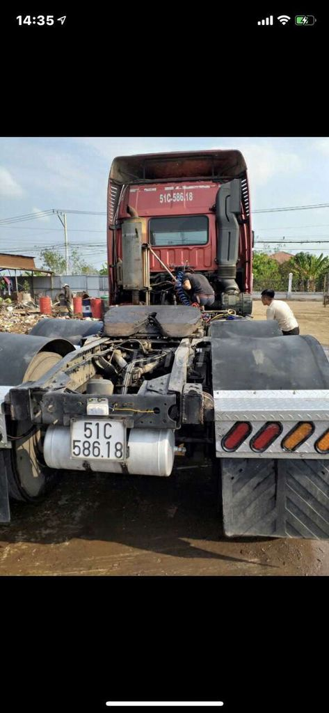 Đầu kéo thaco auman nhập đời 2015 kéo 40 tấn