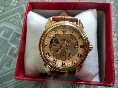 Đồng hồ cơ lộ máy mặt vàng full box còn bảo hành