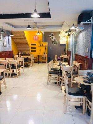 Sang nhượng quán cafe ngay Đại học Văn Lang