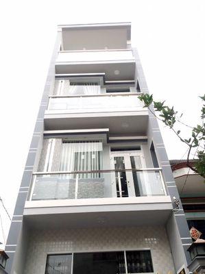 Nhà 4,5 x 11m. 2lầu sân thượng. Bến mể cốc f15.Q8
