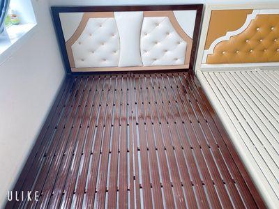 Giường sắt 1m4