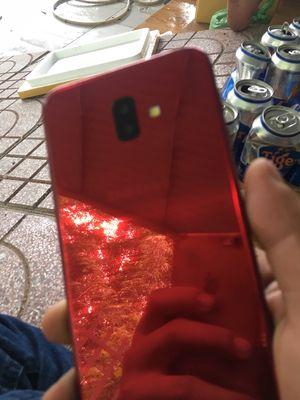 Samsung j6 plus đỏ
