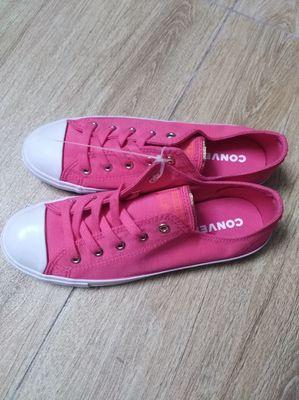 Giày converse chính hãng size 37.5