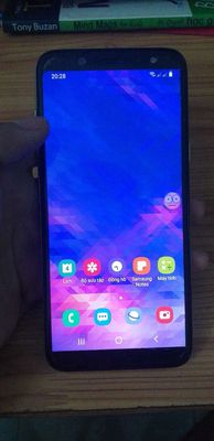 Máy Samsung A6 còn mới, có trầy, vân tay nhạy