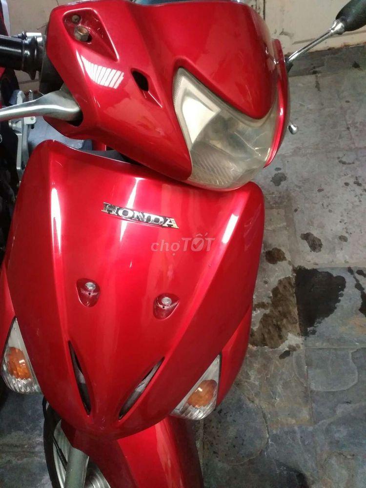 Cần bán chiếc lead Honda 110 biển số thành phố