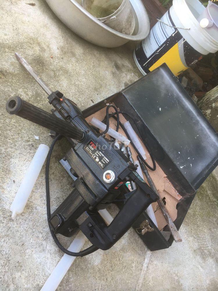 Thanh lí máy đục bê tông 17mm FEG580 còn mới 96%