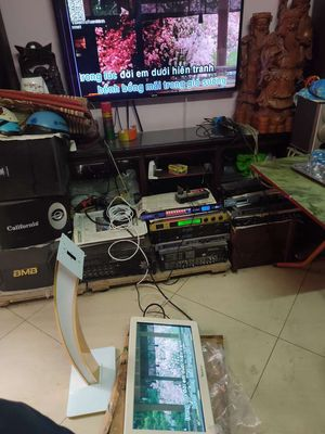 Màn hình VietKTV 21 inchs còn đẹp