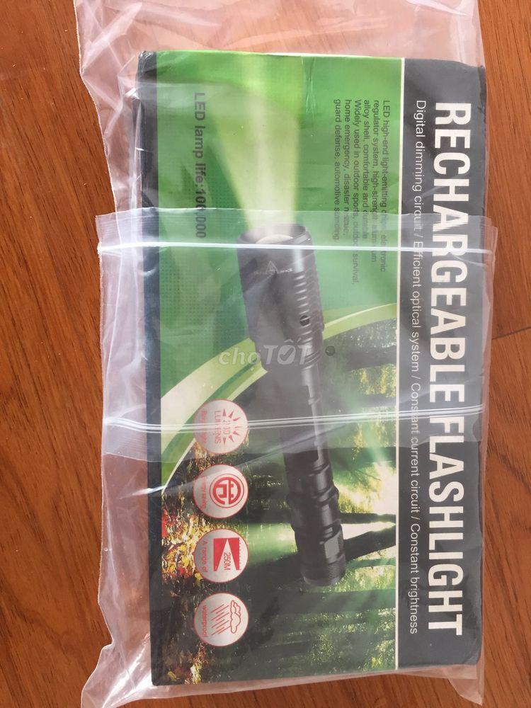Bán đèn pin sạc lại được/ Rechargeable Flashlight