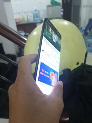 Samsung Galaxy S10 Xanh.128gb.leng keng