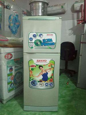 Tủ lạnh sanyo 143 lít🍇🍇