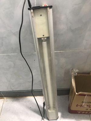 Cần thanh lý đèn 1m