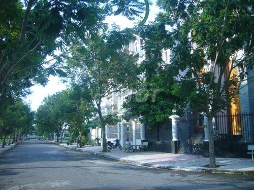 Bán đất kdc Kim Sơn quận 7 giá 97tr/m2. DT 100m2
