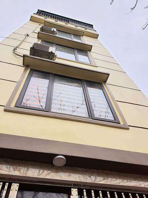 Nhà đẹp Thị Trấn Văn Điển 30m, 5 tầng chỉ 1,95tỷ