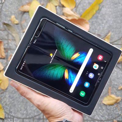 Samsung Galaxy Fold 5G 512GB - Bảo Hành 1 ĐỔI 1