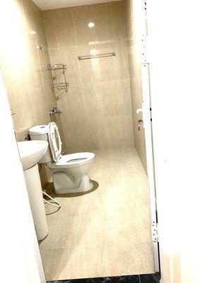 Cần bán căn hộ 62m2 2 phòng ngủ CC Green Stars