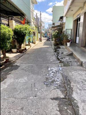 Nhà 1 triệt, 1 lửng đường Trần Cao Vân