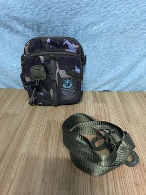 Túi đeo chéo Haoshuai rêu- xanh đen