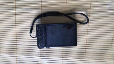 Cần ra đi máy ảnh Sony wx350 con rin moi