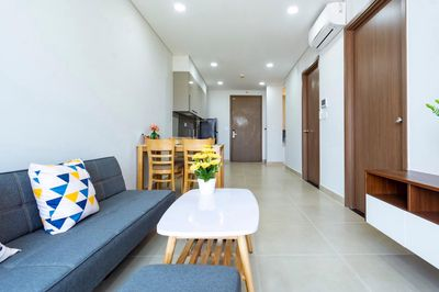 Căn hộ full nội thất gần Phú Mỹ Hưng Đông tứ trạch