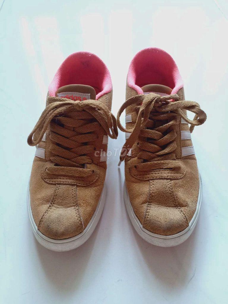 Giày Adidas, màu da bò, size 37