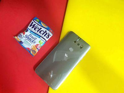 Bán gấp LG V30 màu bạc #64gb bao zin bao đẹp kenh