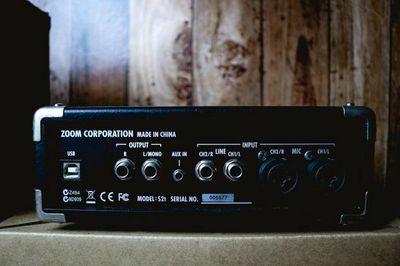 Sound Card Zoom thu âm có đèn Tube cực hay!