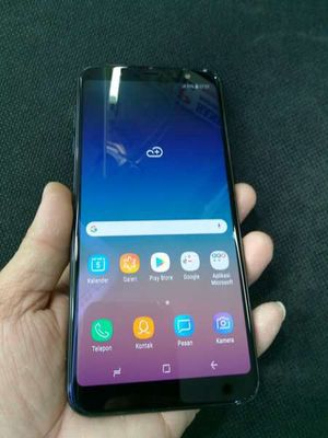 Sam sung galaxy a6 plus