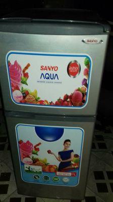 tủ lạnh sanyo aqua 120l nhà dùng